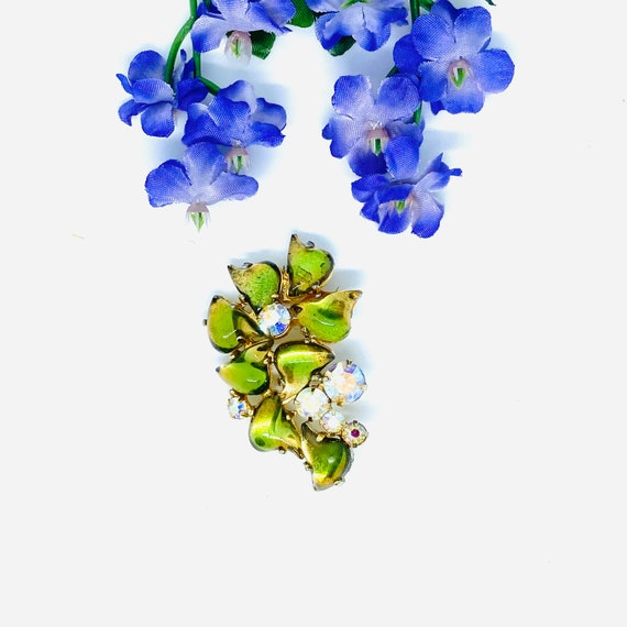 Vintage Flower Brooch, Pierre Brooch, Green Brooch
