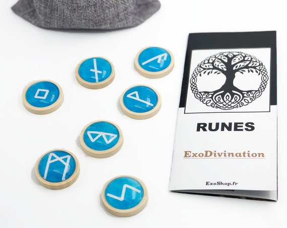 RUNES Divination Kit - Blue