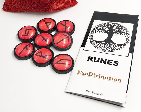 RUNES Divination Kit - Red