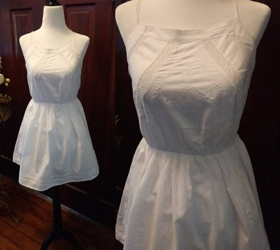Vintage White Cotton Eyelet Dress/Womens dresses
