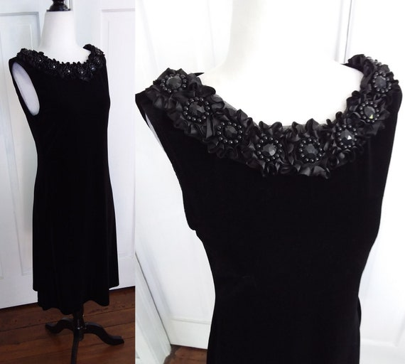 Black Velvet Cocktail Dress/Vintage Cocktail Dress