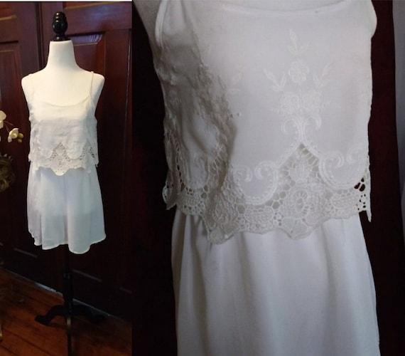 Vintage Embroidered Cotton Sundress/70s sundress