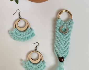 colours \u2022 gift wrap included necklace \u2022 customize your set fast flat rate shipping earrings macrame gift set /'the lover/' \u2022 wall hanging