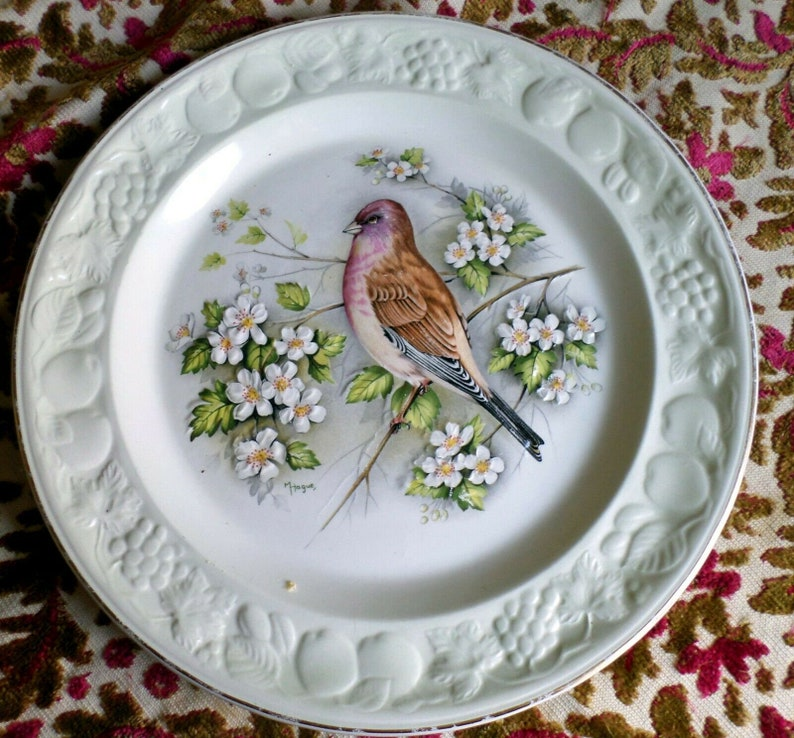 Bass Relief Plate of Linet by Palissy a Division of Royal Worcester Spode VGC
