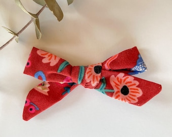 Hand Tied Bow // Fall // Alligator Clip Only // Burgundy Pink Floral Tea Party