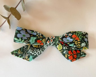 Hand Tied Bow // Fall // Floral //Alligator clip