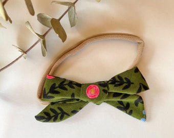Hand Tied Bow // Fall // Forest Green