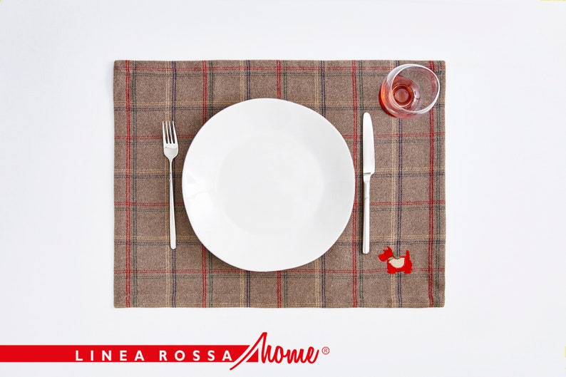 Red Pleated Placemats Embroidery Placemats Table Decor image 1