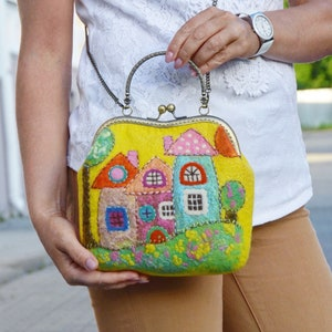 Felt handbag with houses Vintage style Kiss lock purse Unique gifts