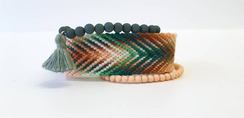 salmon and brown Set of 3 bracelets green