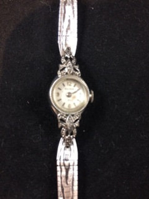 Bulova Watch 23 silver not in working condition. C