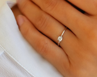 Minimalist Ring Minimalist Band 14K Solid Gold Diamond Ring Dainty Ring Engagement Ring Diamond Ring