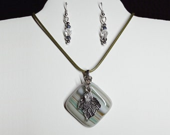 Fused Multicolored Glass with Silver Tone Leaf Pendant with Dangling Earrings