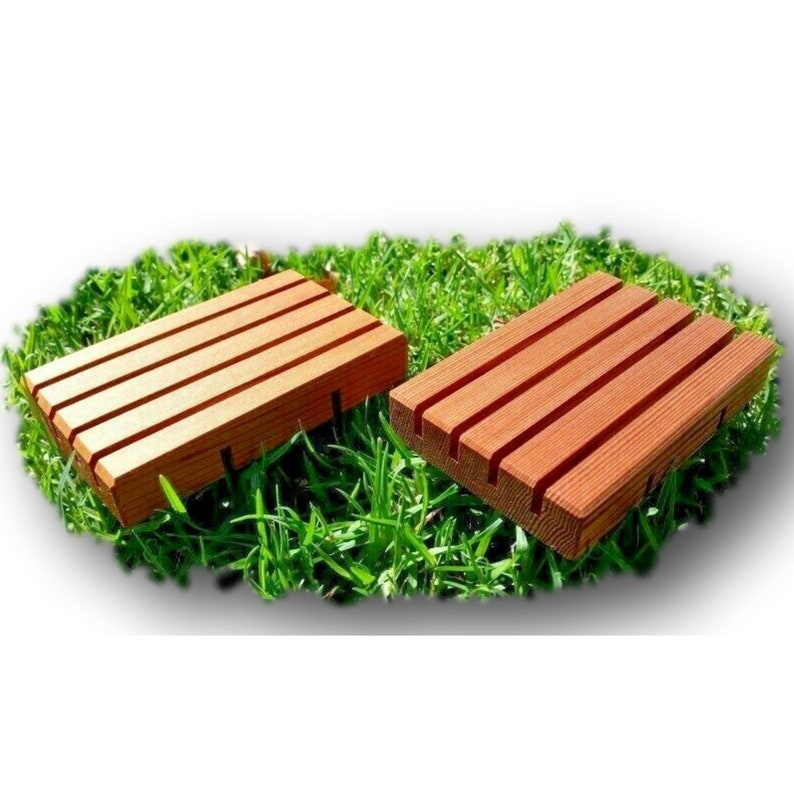 Eco-friendly Wooden Soap Deck Handcrafted in AUS from Cedar 10 cm