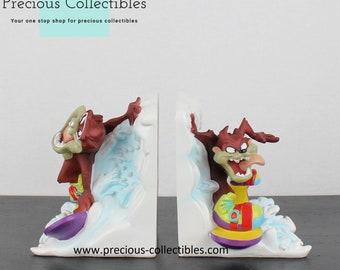 Extremely rare! Tasmanian Devil. Warner Bros. Looney Tunes. Sculpture Figurine Collectible Office Library Surfing Sporting Vintage Cool