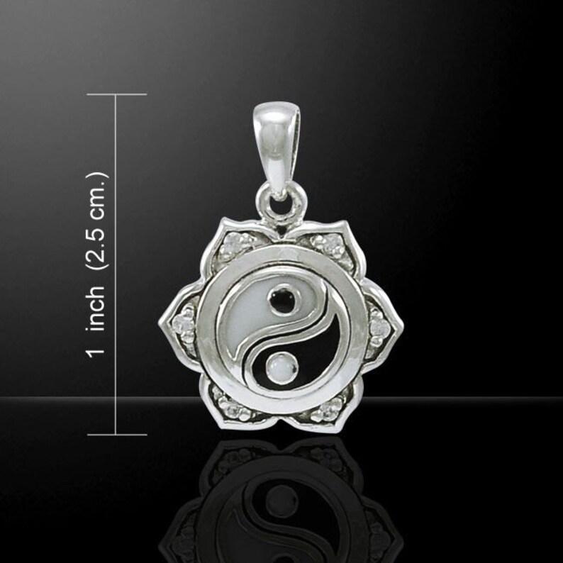 Boho Necklace Yoga Jewelry Lotus Necklace Meditation Jewelry Mindfulness Gift Chinese Necklace Yin Yang Necklace Hippie Jewelry