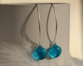 Blue, green, yellow or red Dangling earrings in ARGENT and VERRE