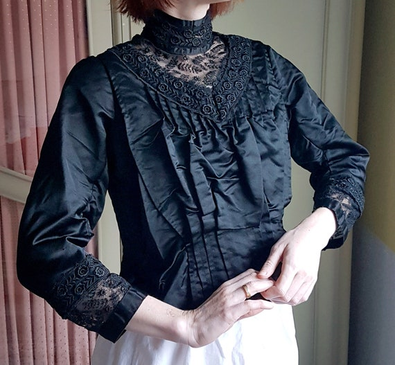 Incredible Victorian Black Silk and Lace Blouse |