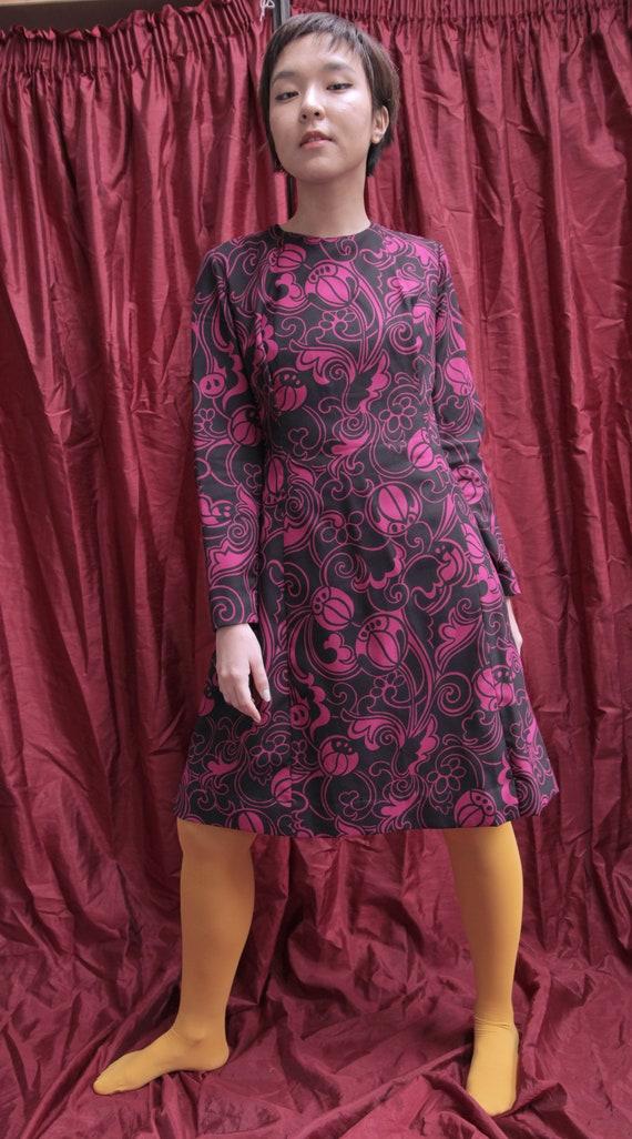 Handmade Black and Hot Pink 1970s Midi Day Dress … - image 9