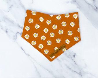 Autumn daisy in mustard Dog Bandana – Handmade in the UK – Autumn pet bandana