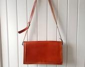 40 39 s Tan Leather Crossbody Satchel - Cain-Sloan - 39 C S 39 Monogrammed Hardware - Messenger Bag - Crossbody Shoulder Bag - Retro Gifts For Her