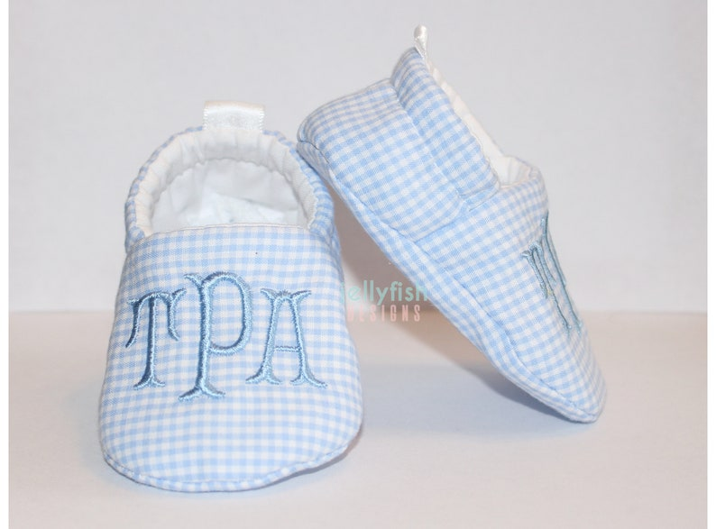28db6542120dc Blue Gingham Monogrammed Baby Shoes - Personalized Shower Gift - Newborn  Initial Crib Shoes - Baby Boy Hospital Gift
