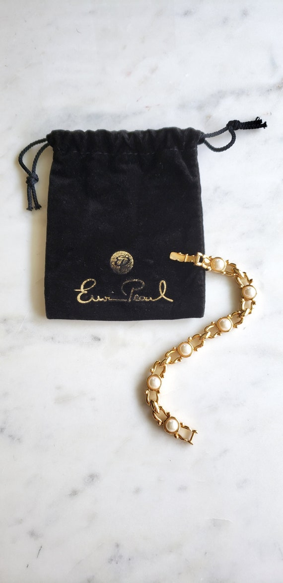 Gold Pearl- clasp- Bracelet-Pearl-Designer: Erwin