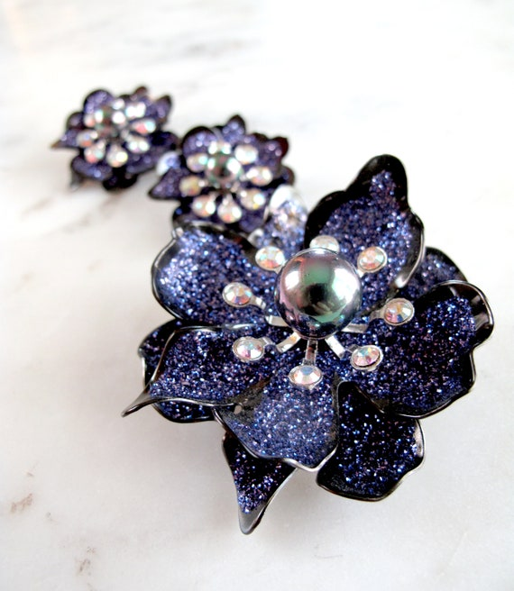 Joan Rivers signed Purple glitter flower with blac