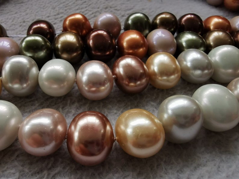 40pcs Natural pearl jewelry-egg-oval bead  13x16mm 15x20mm white pink green-yellow loose beads 16inch