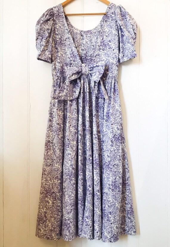 Beautiful vintage Laura Ashley dress!