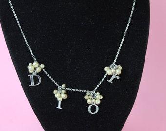 cd67fd225b74ae 1990's DIOR logo & faux pearl drop necklace