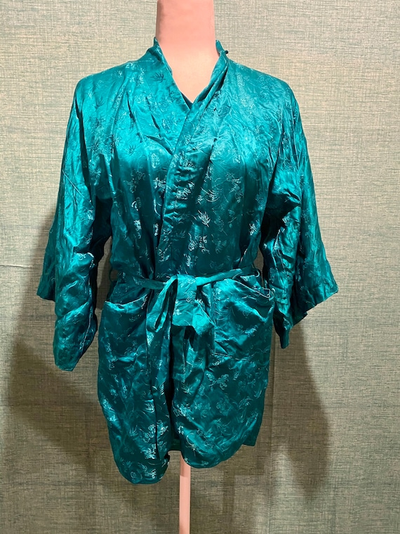 1960s Vintage Cathay Silk Robe