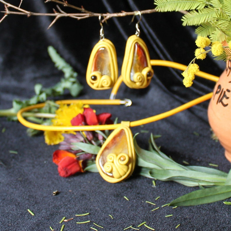 Natural beads dangle Large agate earrings Brown earrings Summer earrings Large smoky agate Smoky agate earrings Leather pink dangle