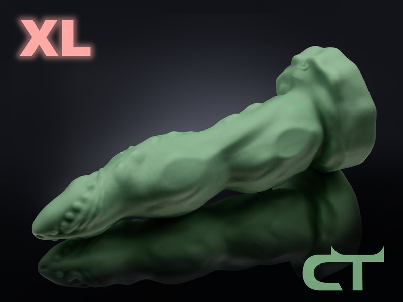 Silicone Dildo Quinn XL image 0