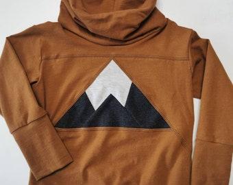 Sweater with big collar