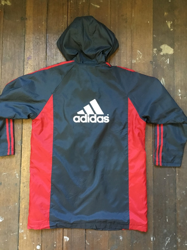 gymnastikskor stor rabatt utsökt stil Adidas sports jacket hoodie red and black triple stripe | Etsy