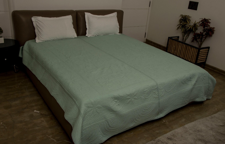 couverture de lit florale de couleur solide - Couvre-lit matelassé -Tartinade QUEEN TAILLE 90» x 108» Couleurs solides
