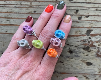 Porcelain Ceramic Wire Wrap Skull Rings. Cute and Colorful available in different sizes, perfect for Halloween Skulls