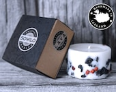Icelandic Soy Wax Candle with Lava stones and Rowan berries.Unique gift. Handmade in Iceland. Husavik. Apple/cinnamon scent.