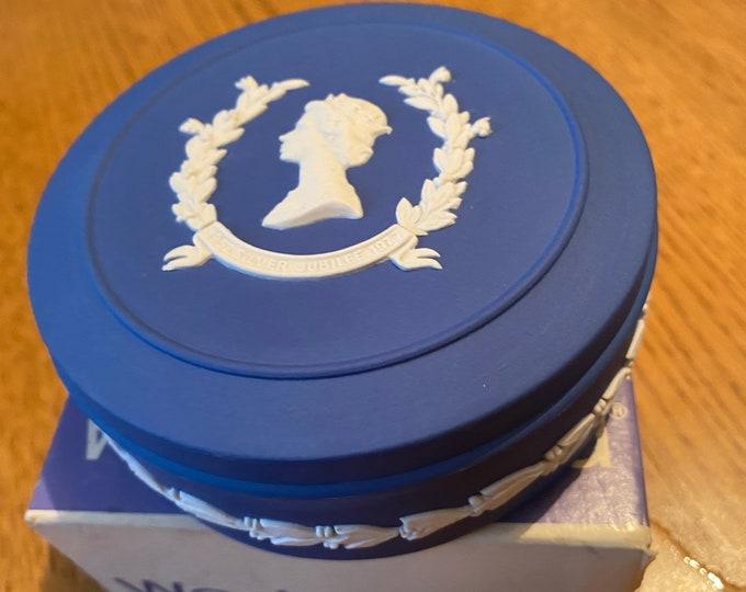 Wedgwood Jasperware Royal Blue Queen Elizabeth 2 Trinket Box
