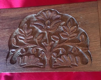 Engraved Tree Jewellery Box