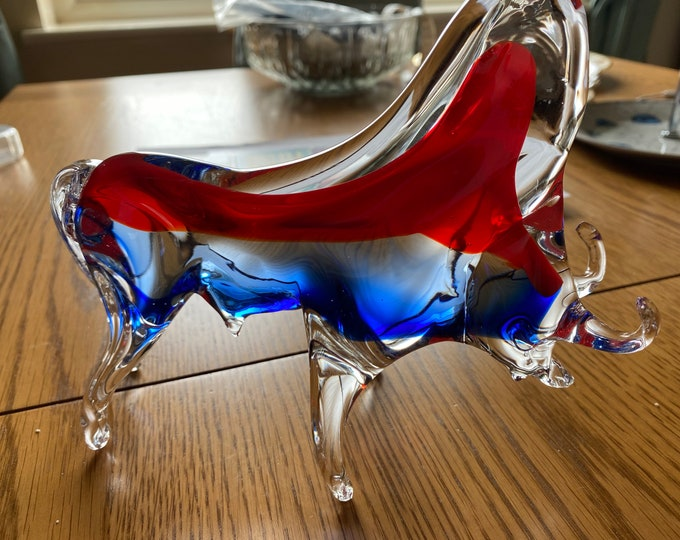 Featured listing image: Bull Glass Sculpture