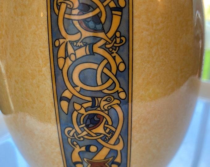 Royal Tara Vase