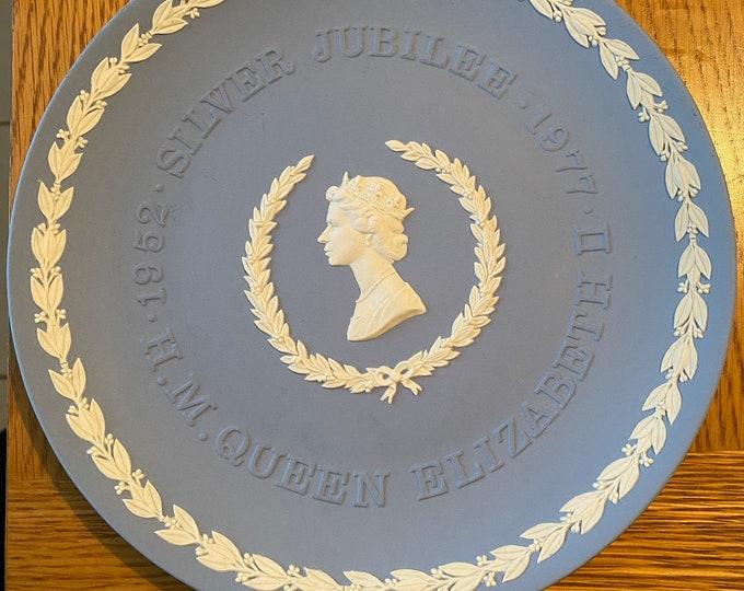 Wedgwood Jasperware Silver Jubilee Plate