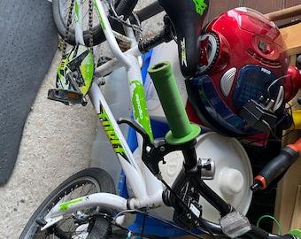 Kids Apollo Force BMX Bike