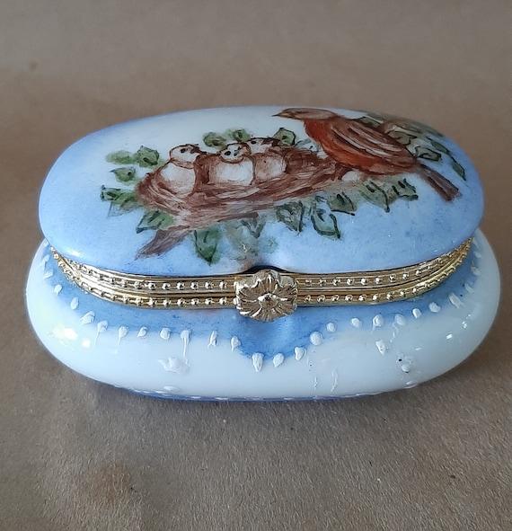 Vintage Christmas Trinket Box Porcelain Ornament Hinged Box Year 2000 20th Anniversary Married at Christmas New Century Presentation Box