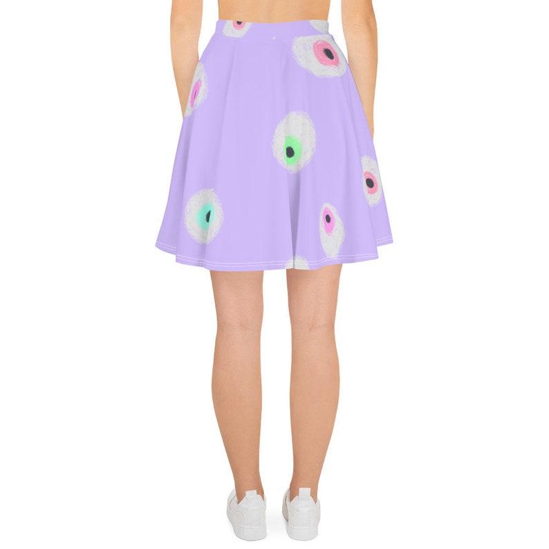 Eyeballs all over skirt!
