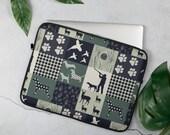 Hunting dog vintage patchwork stlye Laptop Sleeve, basset hound, pointer, vizsla, beagle
