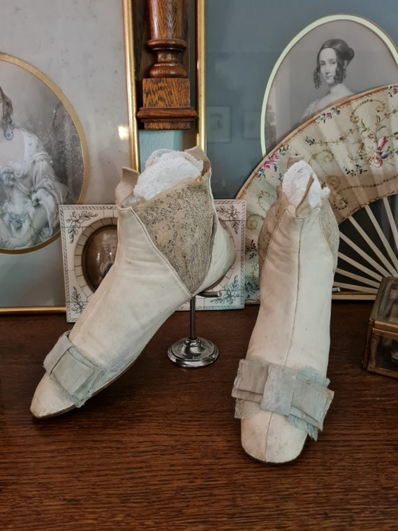 Antique elastic sided boots 1840 /1850 gore boots