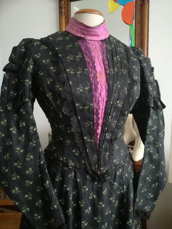 Antique Victorian linen bustle gown dress antique